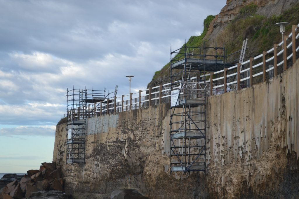 newcastle council bogey hole and bathers way cliff restoration with andersons scaffolding services